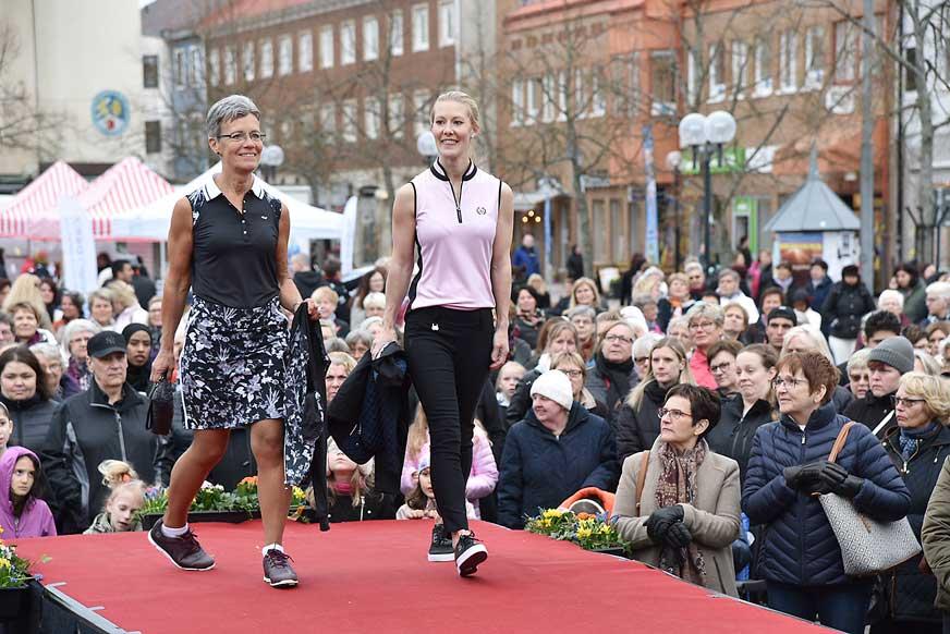 Eva och Annika från Nybro Golf Store.