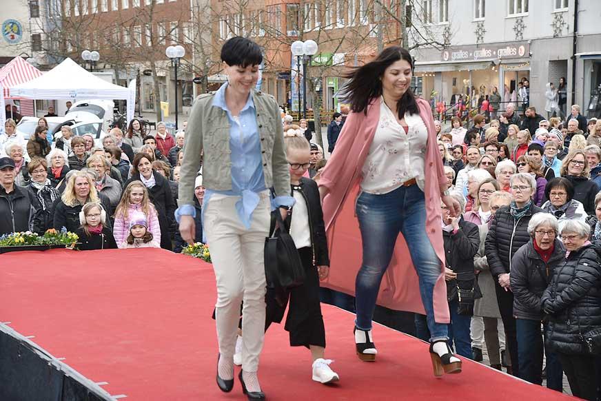 Jessica, Maja och Silvana från Lindex.