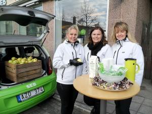 SEBs Camilla Karlsson, Anneli Stålnacke och Ulrica Risemark-Regebro informerade om swish, mobilt bank-id och SEBs appar