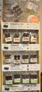 """""""Easy Grow"""". En förpackning med försådda pluggar av kryddor och som fungerar som växthus."""