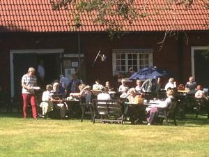 Nybro Hembygdsförening serverade fika.