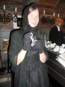 Birgitta Gustafsson bjuder på begravningskarameller.