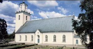 I Madesjö kyrka finns en fotoutställning.