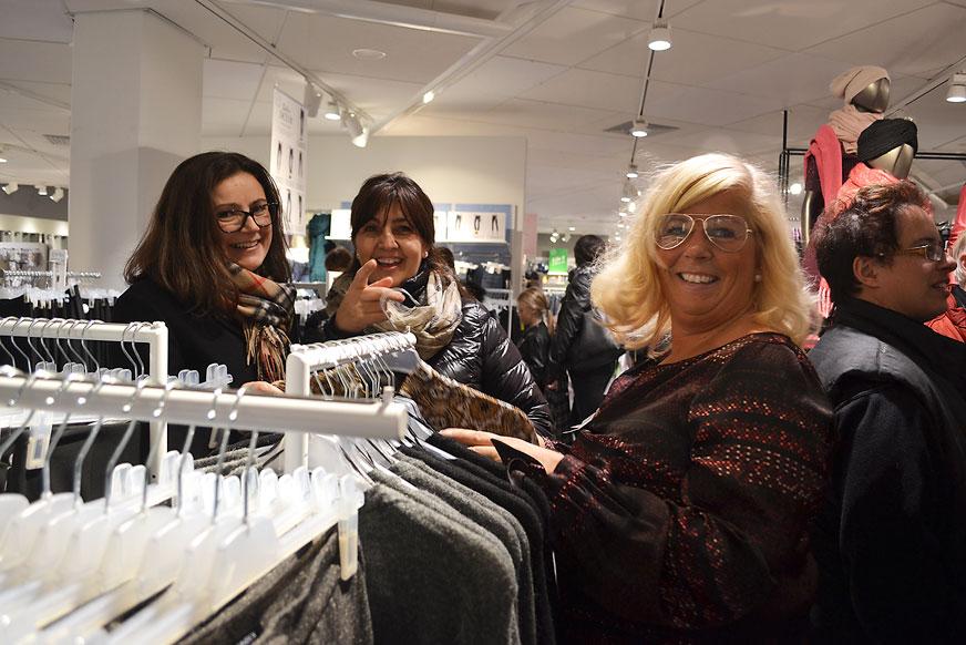 Biljana och Nada vara hos Caroline på Lindex och shoppade loss.