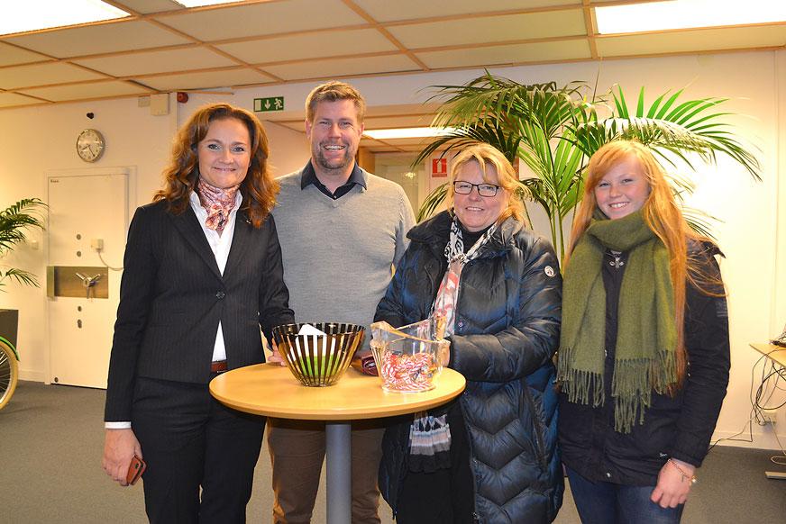 Tina och Mikael på SEB besök av Jeanette och Elwira Madeling.