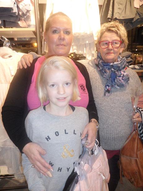 Marie, Ester och Eva hittade fina kläder på Lindex.