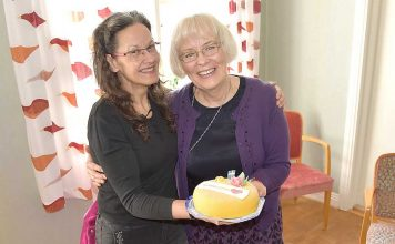 ea5b4ba37cb7 Tårta till härliga tröstande Birgitta och Eeva